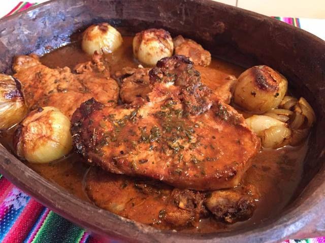 La entrada Cerdo al horno con ají, receta chilena aparece primero en Fran is in the Kitchen. Como opción, les recomiendo hacer en una gredita aparte un trozo de cerdo con todos los ingredientes menos el ají o reemplazarlo por un poquito de salsa de tomates