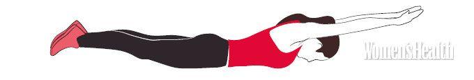 Утренняя зарядка от Ляйсан Утяшевой 4. Лодочка      Перевернись на живот (во избежание дискомфорта подложи себе что-нибудь под лобковую зону).     Плавно, без рывка, оторви от пола руки и ноги и подними их на комфортную для тебя высоту. Опора – на треугольник «грудь – пупок». Цель – максимально растянуться: представь, что тебя тянут вперед за руки и назад – за ноги, а голова при этом стремится вниз. Держи это положение около пяти минут, не дожидайся дрожи в мышцах.