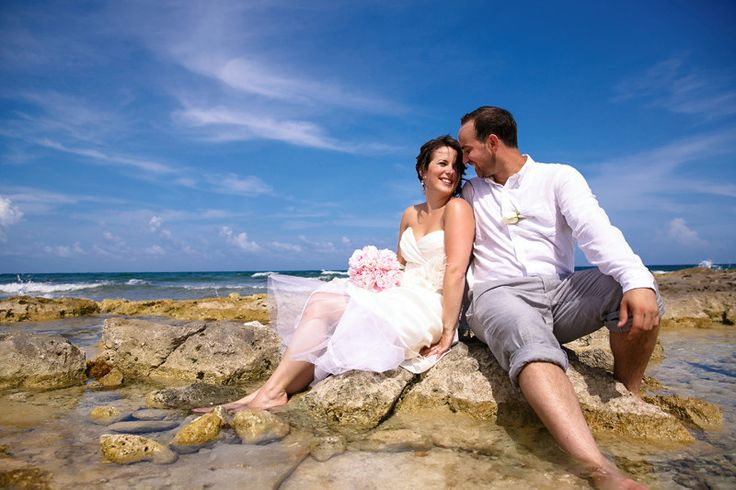 The #GrandPalladiumRiviera Resort & Spa is one of 5 Grand Palladium all-inclusive resorts located close to Playa del Carmen and Tulum, ideal for your dream destination wedding! ~~ Discover more details at our FREE online #IDoMexicoWeddingPlanner where you'll meet fellow planning couples and expert wedding vendors like #CherryBlossomFlorist to discuss ideas + tips for your perfect beach wedding, #TrashTheDress and honeymoon! ~~ I Do Mexico / Riviera Maya Wedding Resorts & Hotels