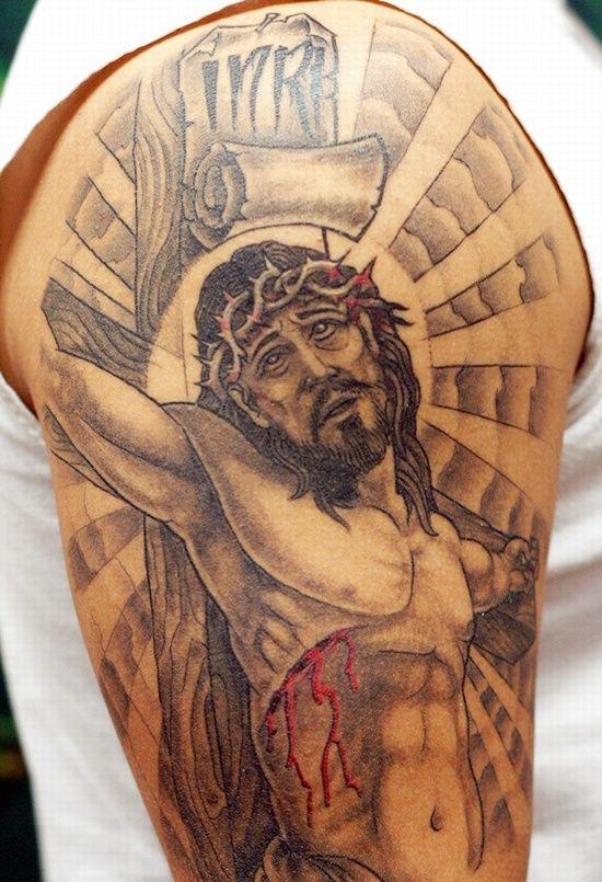 68 best crucifix tattoos images on pinterest crucifix tattoo tatoos and tattoo ink. Black Bedroom Furniture Sets. Home Design Ideas