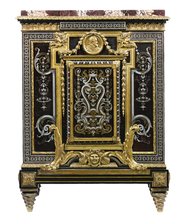 135 best victorian scroll work images on pinterest for Faux fini antique meuble