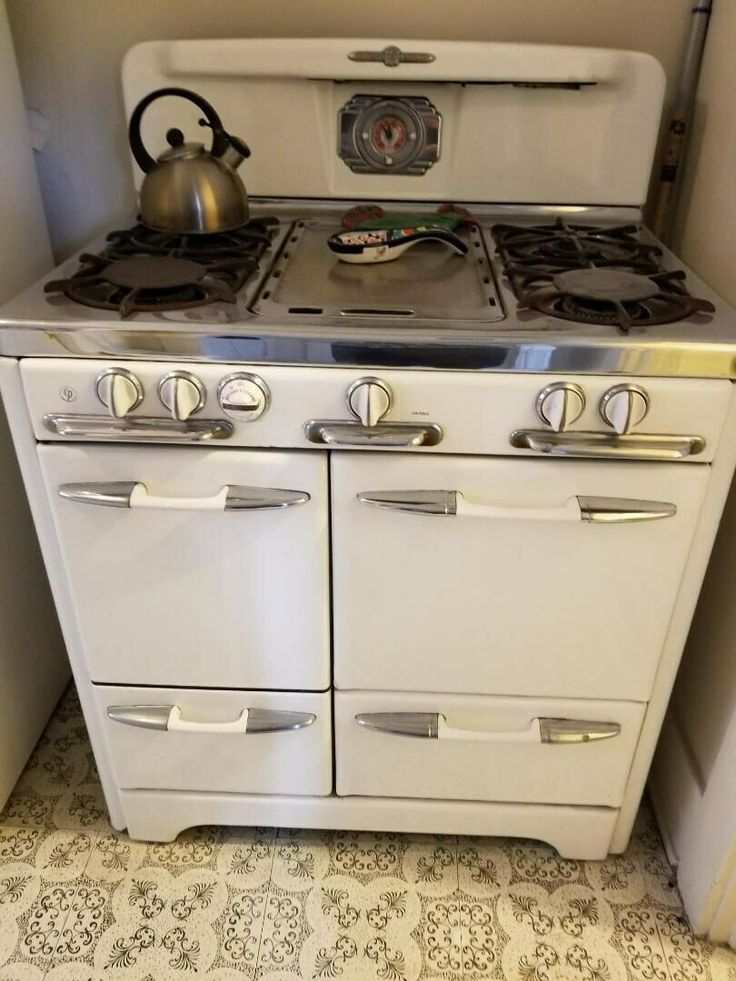 O Keefe Merritt 1950s Vintage Stove Ebay In 2021 Vintage Stoves Retro Kitchen Appliances Vintage Kitchen Appliances