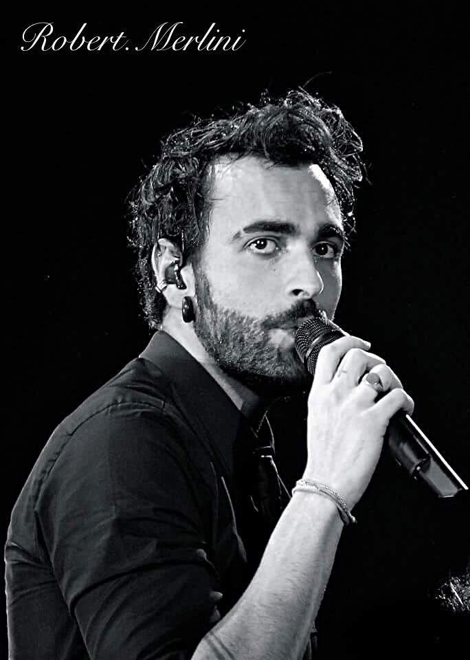 Marco Mengoni - MengoniLive2016 - Mantova 12 novembre 2016