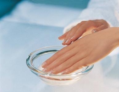 6 рецептов укрепления ногтей и стимуляции их роста | уход за собой | Постила