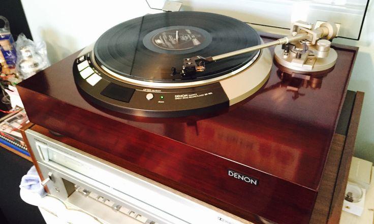 Gorgeous Denon DP-60L Audiophile Turntable.