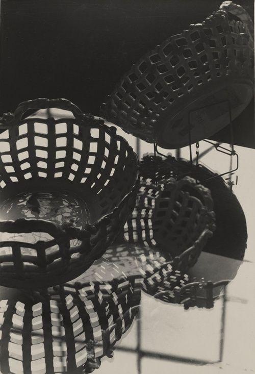 Hans Finsler Porcelain Bowls 1930-1931