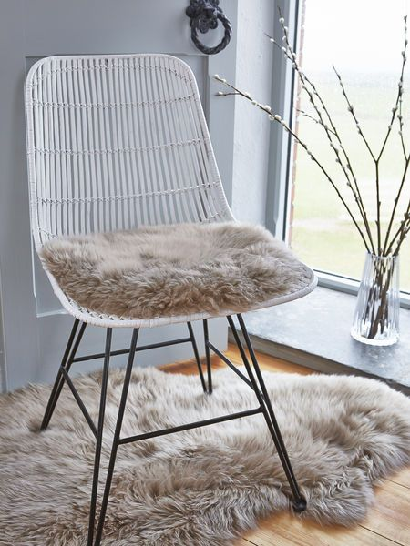 Part of our new Nordic sheepskin collection, our beautiful long wool seat covers are made from the most luxuriously soft natural sheepskin.