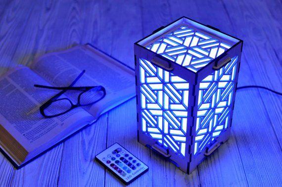 Lampe tactile Wi-Fi comme cadeau de relation longue distance pour petite amie ou petit ami