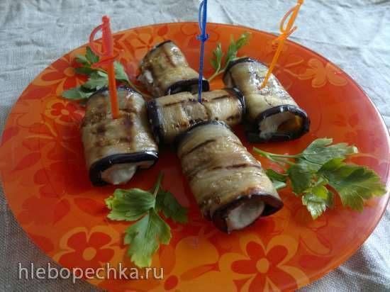 Рулетики из баклажанов с начинкой из тофу и песто