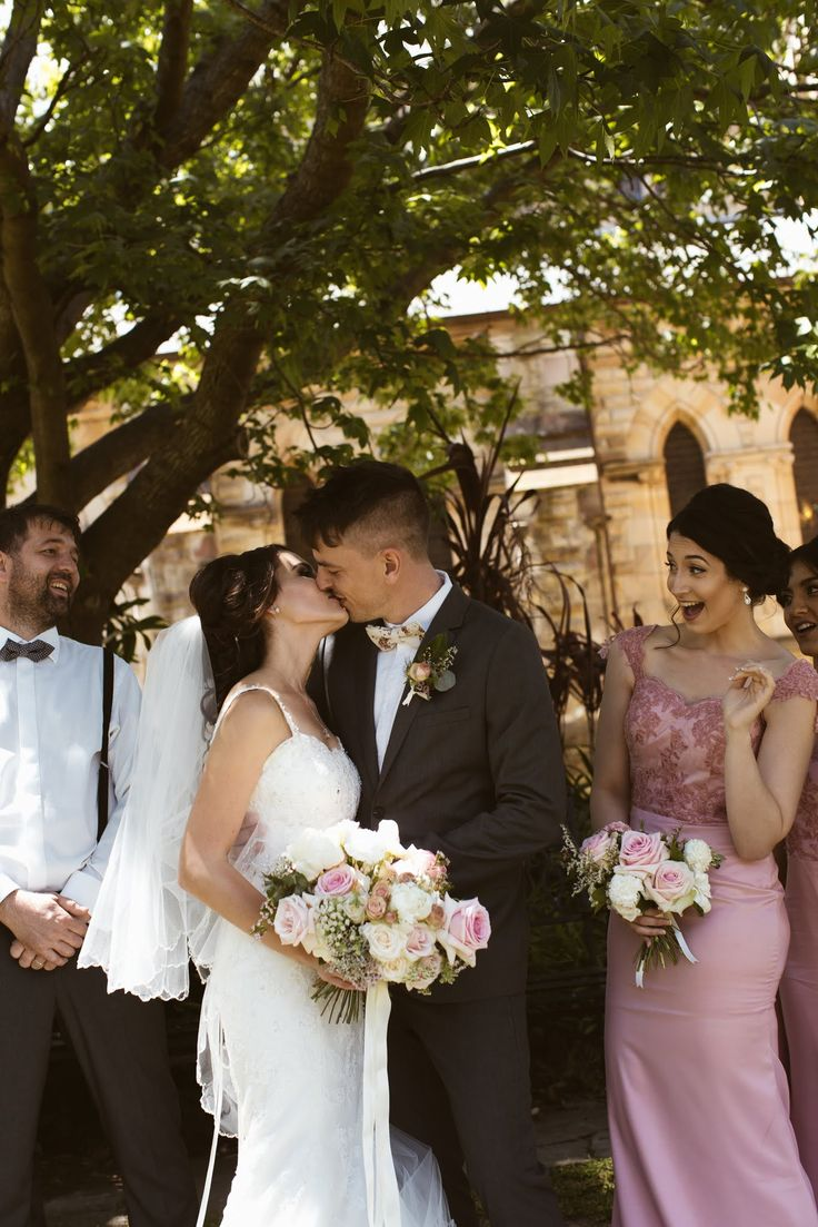 Veronica + Jiri Wedding Inspiration | Romantic Wedding Bouquet | Pink Pastel Wedding Bouquet |