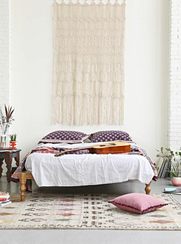 tapis berbere kilim pas cher dans la chambre a coucher