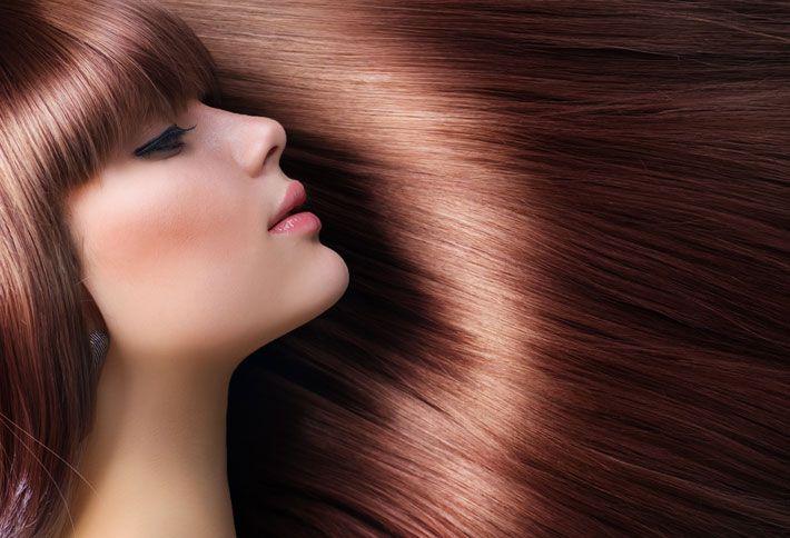 Donare lucentezza ai capelli con metodi naturali