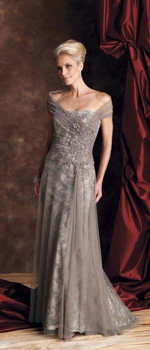 13 Gorgeous Wedding Dresses for Older Brides | I Do Take Two  #weddingdress #olderbride
