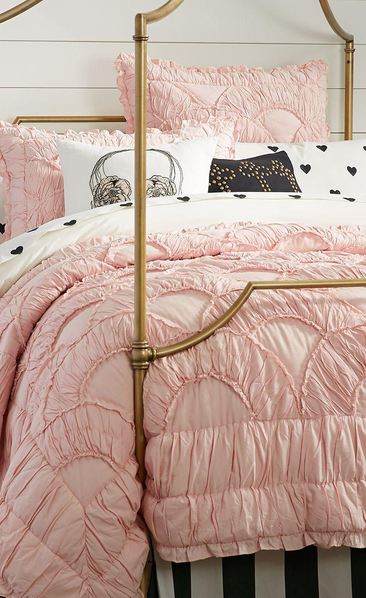 The Emily + Meritt Parisian Petticoat Quilt Bedroom Idea