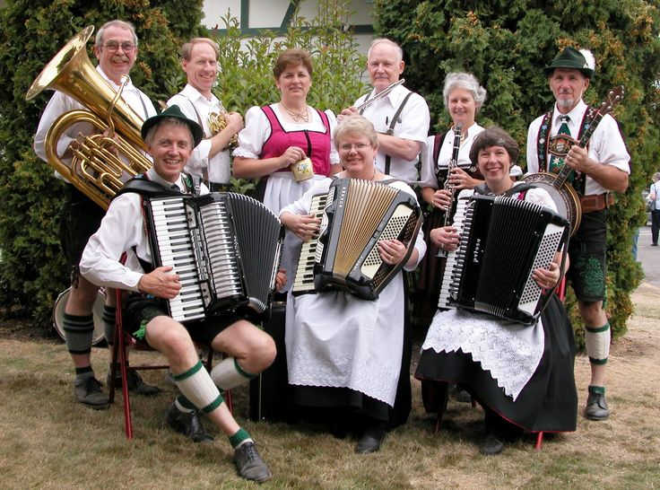 the german influences in wisconsin culture As germans became one of the predominant immigrant groups of the 19th century, it was only natural that they would come to have a powerful influence over the development of american culture some german contributions to us life are easy to pinpoint--sauerkraut, for example, or the tuba, or the.