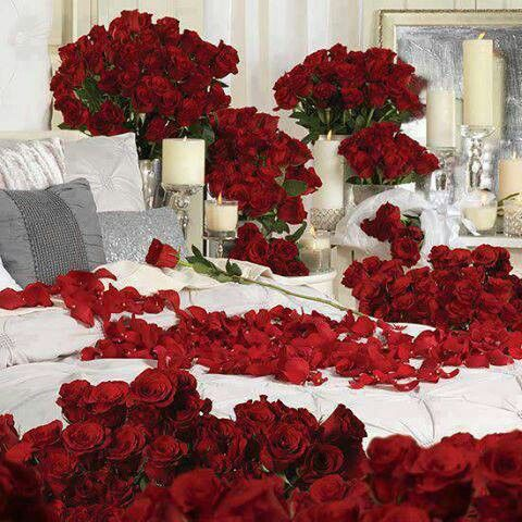 Romantic Bedroom Setting Beautiful Red Roses  17 Best images about Romantic  BedRooms Recamaras Rom nticas. Romantic Bedroom Setting   SNSM155 com