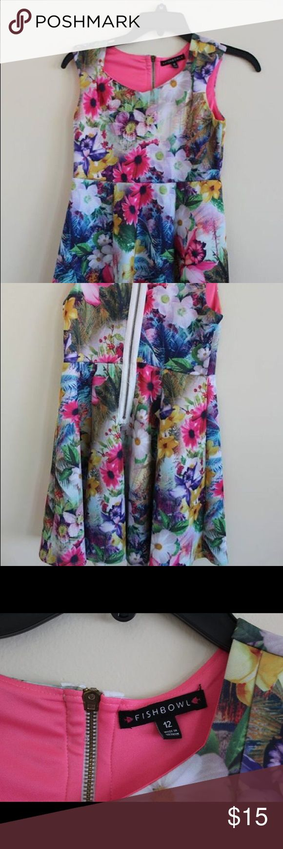 Beautiful Nordstrom girls flower dress. Colorful fun girls formal/casual dress. fishbowl Dresses