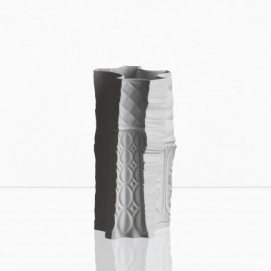 Maxim Velčovský: The Vase of Vases (big version), 2008, Křehký