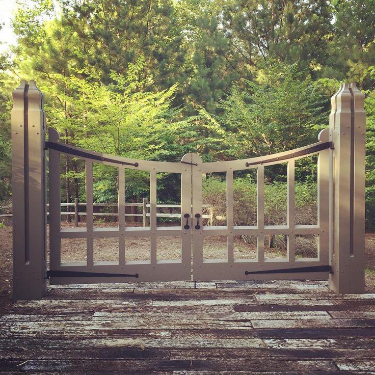 Limestone & Boxwoods - Instagram (@limestoneboxwoods) - A great gate in Birmingham designed by architect Bill Ingram.