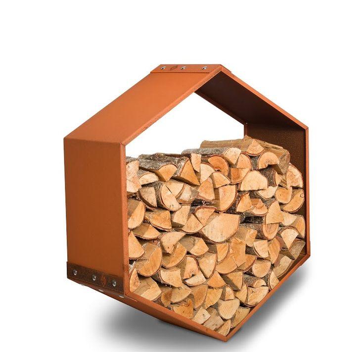 De Woodbee Wall is een hangende houtopslag. De bekende honingraat van prachtig bruinrood cortenstaal voor aan de muur.  Wanneer u iets totaal anders wilt om uw haardhout in op te slaan is de Woodbee wall een  fantastische keuze.  Op elke gewenste hoogte te plaatsen en daardoor makkelijk bereikbaar voor iedereen#haardhout#houtopslag