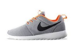 huge discount 77d4a 380c2 ... greece nike roshe run wolf grey black atomic orange lined in orange and  decked out in