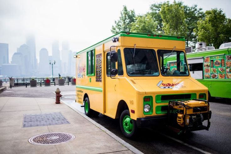 Ultimate Food Trucks is one of the premier food truck services in the Tampa. Get your dream food on the road to achievement. Contact us today.