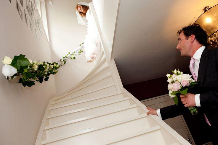 Vergeet voor de foto's de trap niet te versieren!