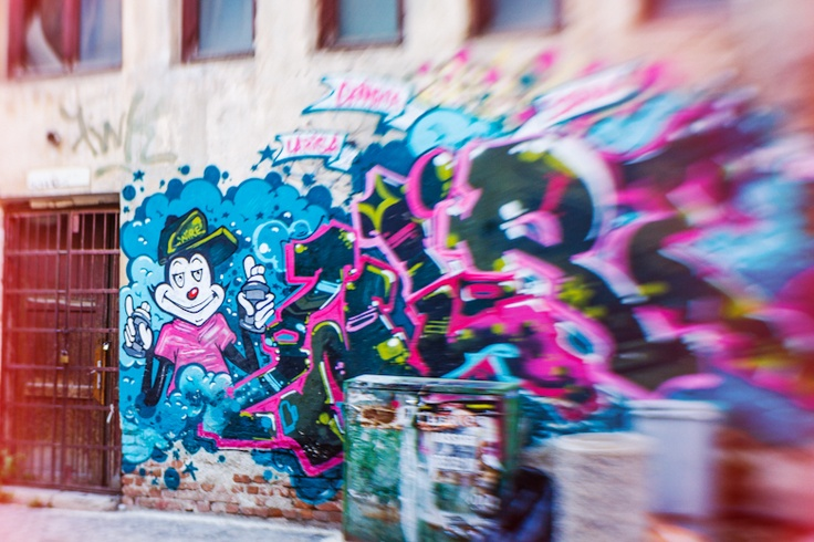 Color me!  http://www.teoinpixeland.ro/travel/bucharest-home-town#pic62