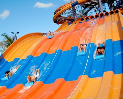 Splashtown - This family water park is located in North Houston (there's also a location in Galveston) and features several slides, a wild wave pool, and a lazy river. Younger guests can visit Crocodile Isle, a fully interactive children's play area complete with a pirate ship and kid-friendly slides.