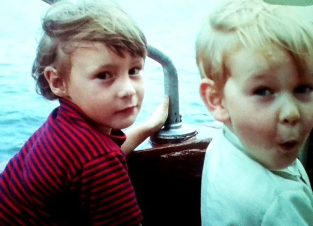 Julian Lennon and Zak Starkey (1967) not many this young come into photo booth, glad they came.