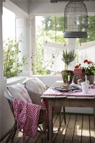 Love this porch seating.