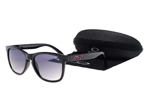 $10.99 Hot Season Oakley Frogskins Black Frame Purple Lens Season Promotion www.oakleysunglassescheapdeals.com