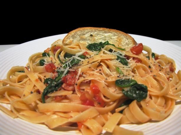 ... pasta & fresh cherry tomatoes. Penne Pasta With Spinach and Bacon