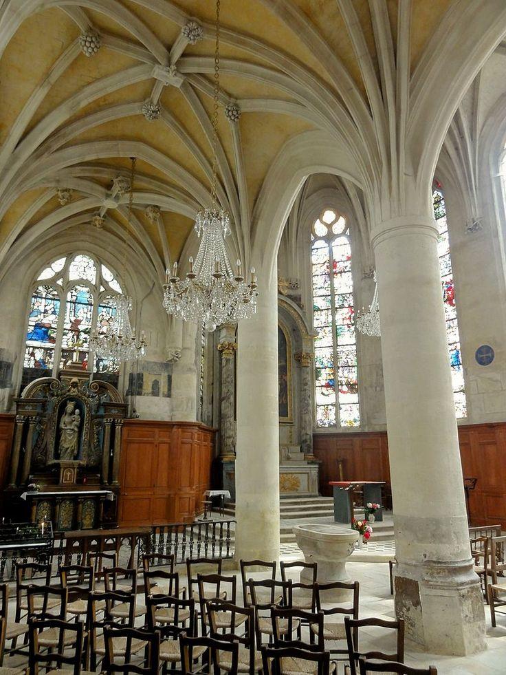 Écouen (95), église Saint-Acceul, bas-côté et chœur - Église Saint-Acceul d'Écouen — Wikipédia