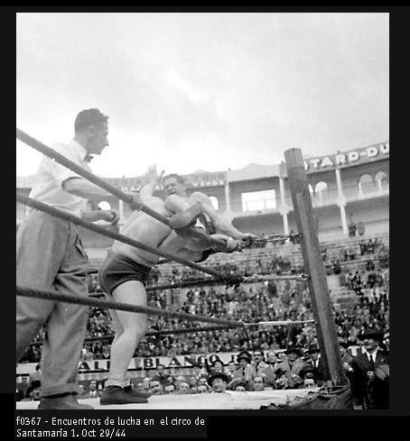 El circo de Santamaría. 1944. Archivo Nacional.