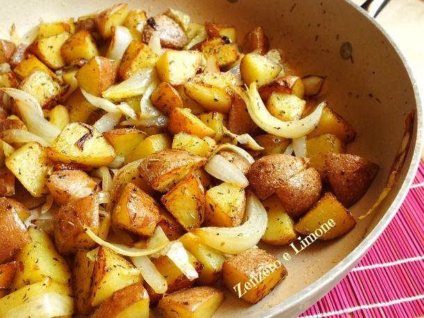 Ecco una ricetta davvero facile e veloce per un contorno a base di patate e cipolle. Un piatto molto appetitoso che piace a tutti. garantito!