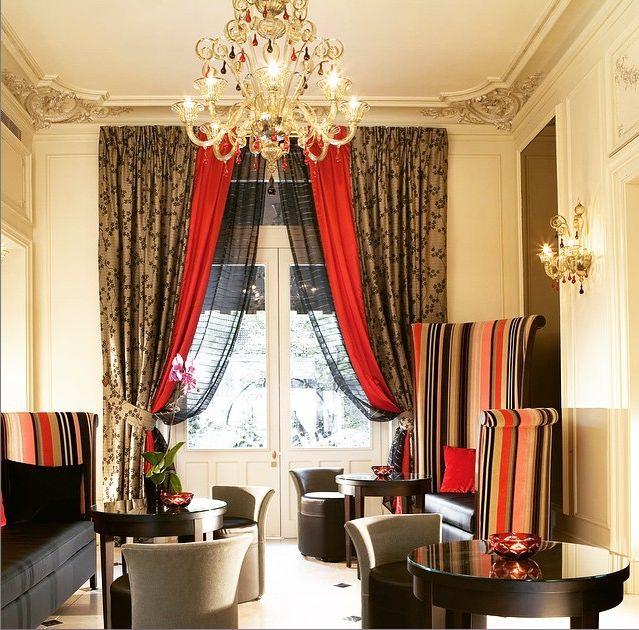 http://www.hotel-regents-paris.com/fr/ En réservant sur notre Site Officiel www.hotel-regents-paris.com bénéficiez du meilleur tarif garanti et de promotions sur les petit-déjeuners. Book on our official website and get the best price and discount on the buffet breakfast rate.  #regentsgarden #champselysees #arcdetriomphe #paris #boutiquehotel #luxuryhotel #lobby #hotelgarden #4starshotel