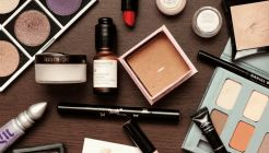 Gluten Free Makeup and Cosmetic Brands List - The Ultimate Guide