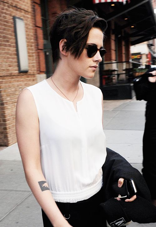 dailystews:  Kristen Stewart out in NYC   October 8, 2014