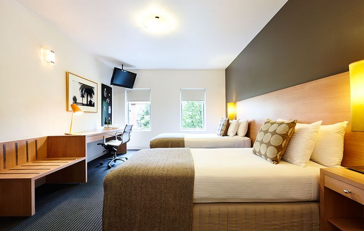 A Superior Twin Room at Rydges St. Kilda.