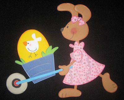 """Fensterbild aus Tonkarton """"Kleine Häsin mit Schubkarre"""" Ostern"""