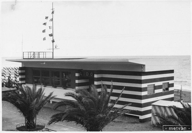 "Cogoleto. Stabilimento balneare ""Lido Italia"" (Photo: Foto Metvan Cogoleto, 1939 ca.) #liguria #riviera #seaside #holiday #vacanze #annitrenta #the1930s"