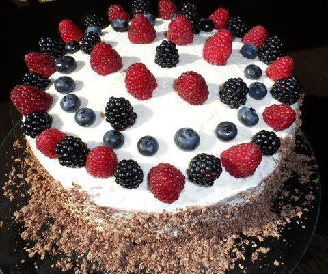 Tort urodzinowy http://fantazjesmaku.weebly.com/tort-urodzinowy.html
