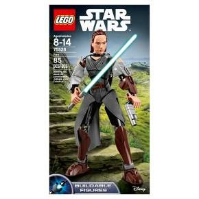 Launch a Lightsaber attack with buildable and highly posable Rey. With textile detailing, chest and arm decoration, blue Lightsaber, blaster pistol and a wheel-activated arm-swinging battle function, any young would-be Jedi will love to act out Lightsaber battles with this LEGO® Star Wars figure. <br>• Buildable and highly posable Rey figure features textile detailing, chest and arm decoration, new-for-September-2017 head design, blue Lightsaber, blaster pistol and whe...