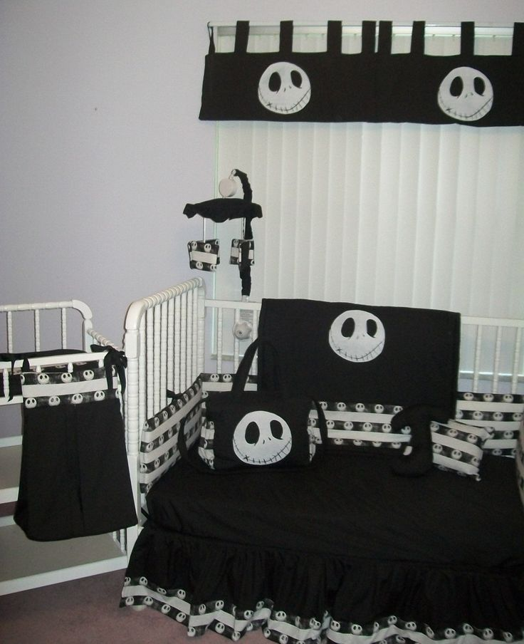 @Danielle Greer I want a baby now so that I can have this lol!    New Nightmare Before Christmas JACK baby Crib Bedding Set custom made to order