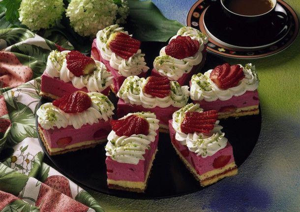 Unser beliebtes Rezept für Erdbeer-Joghurt-Schnitten und mehr als 55.000 weitere kostenlose Rezepte auf LECKER.de.