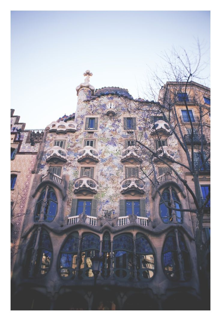 Top things to know before going to Barcelona!