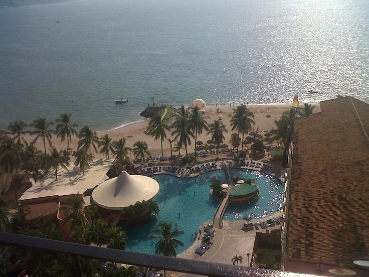 Holiday Inn Puerto Vallarta http://www.facebook.com/media/set/?set=a.318832271463880.94793.234871316526643=3