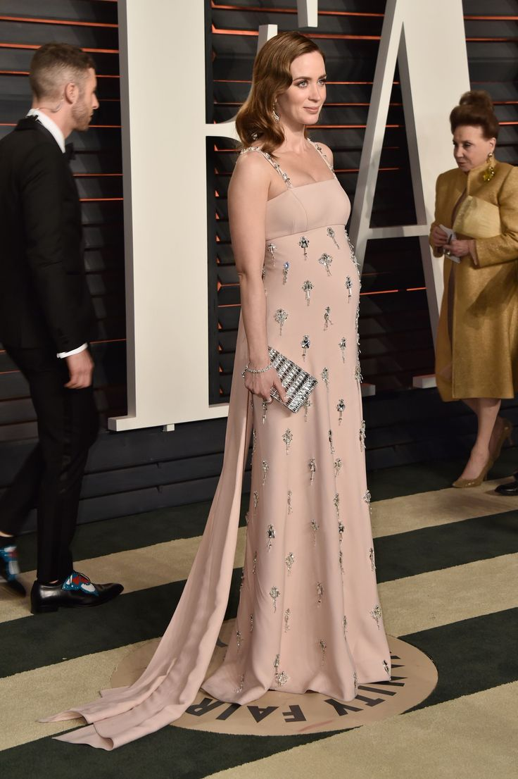 February 28: 2016 Vanity Fair Oscar Party Hosted by Graydon Carter - 005 - Adoring Emily Blunt | Photo Archive | for all your emily blunt media needs
