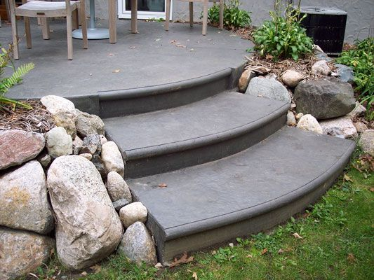 Patio Steps | Textured_stamped_concrete_patio_steps